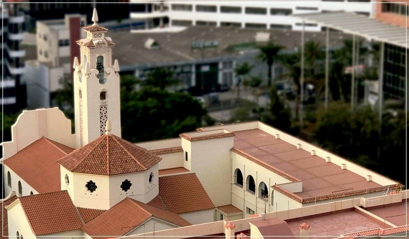 Vista aérea del convento y l aparroquia