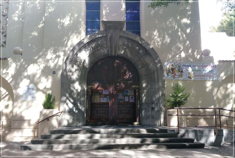 Entra principal a la iglesia Santo Domingo de Guzmán de Santa Cruz de Tenerife
